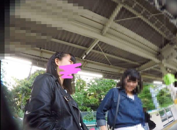 【HD顔出し023】私服JKの大胆ポーズをパンチラ撮影。09 - コピー