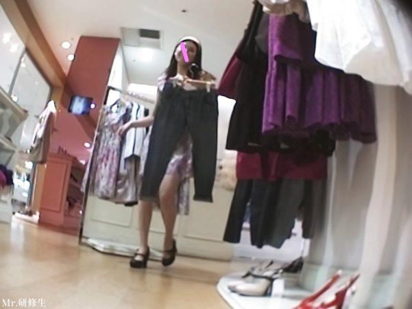 30 モデル店員さん ピンクT 02 - コピー