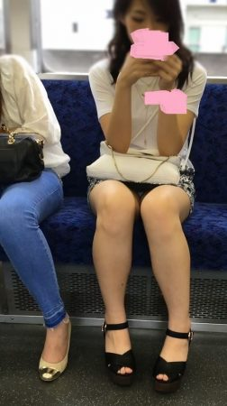 美脚美人系ギャル モロチラチラ4 - コピー