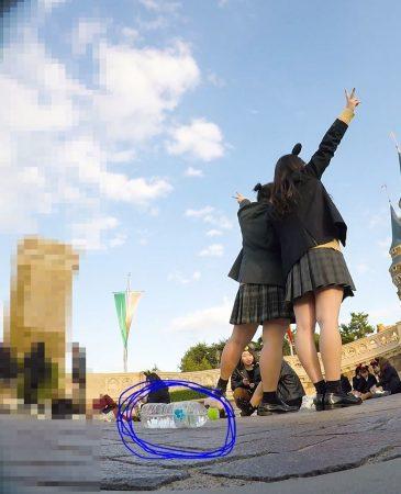 【顔出しJK8】夢の国② インスタ特定。城前で無邪気に写真撮ってるところの白P【声かけ】10 - コピー