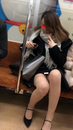 足組替えシリーズ5 短いスカートスーツ美人OL4
