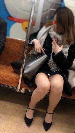 足組替えシリーズ5 短いスカートスーツ美人OL5