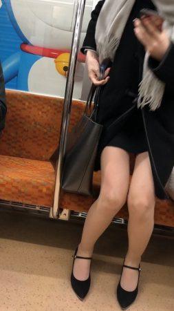足組替えシリーズ5 短いスカートスーツ美人OL6