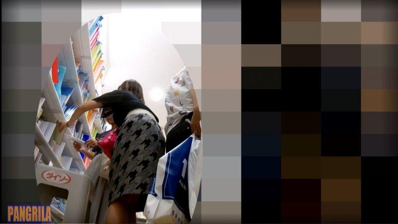 【PANGRILA】お買い物中の女のコ4