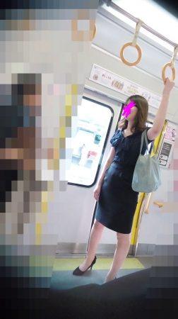 FHD-13「長身セクシー美女のタイトスカートを真下から狙え!」1