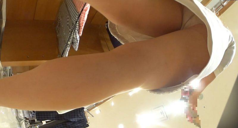 PcolleGcolleレビューパンチラえんじぇる新フルHD高画質パンチラ逆さ撮り106キレイ&カワイイ!キレカワ!清楚系ホワイトワンピ店員さんのホワイトパンティー12