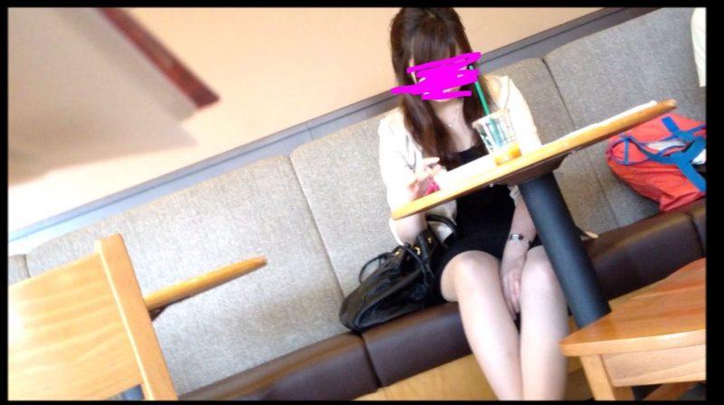 PcolleGcolleレビューOL_tokyoカフェで休憩中OLさんのパンチラ1
