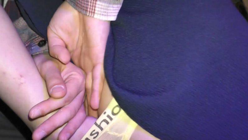 PcolleGcolleレビューどぶめたる[ライブハウス痴〇]ナイトイベントの甘め系バンギャ2人組×透けTバックにプリ尻をナマ揉みしまくって指マン[1人目][高画質]32