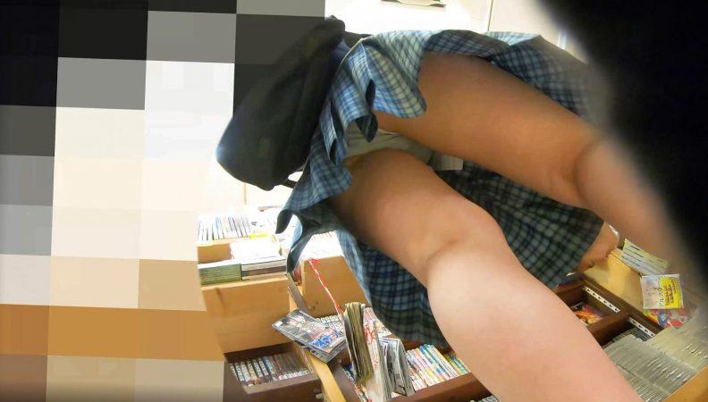PcolleレビューGcolleわんぱく液【4k】街中の制服JKを逆さ撮りしたったww【no38】4