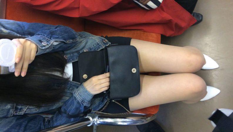 PcolleレビューGcollethree star(電車対面)(顔出し)超極ミニタイトスカートで攻める女子大生さん!!1