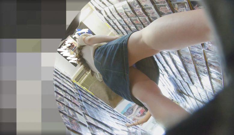 PcolleレビューGcolleわんぱく液座りでパンツまで撮られて睨みつけてくる女の子が最高に抜けるw9
