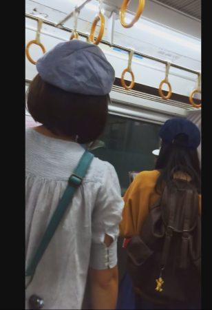 PcolleレビューGcolleSayuMinS05 普通のパンツがくい込んじゃったお尻 帽子3人組の電車旅12