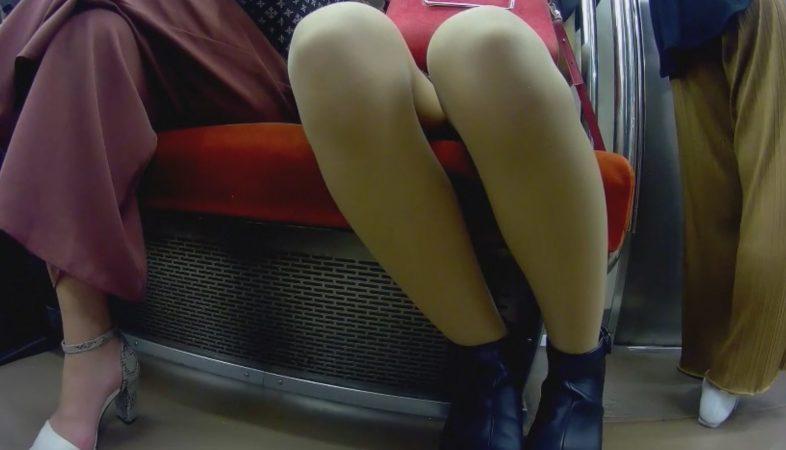 PcolleレビューGcolle朝の砂糖電車内 アイドル級美人激写!!!10