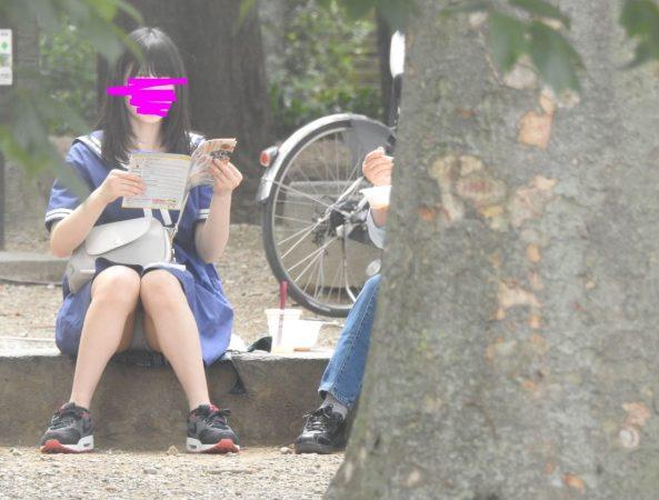 PcolleレビューGcolleYUKI新タイトルです!!(FHD)大変です!!私服姿の若いコちゃんのパンツが見えてますよ1-14