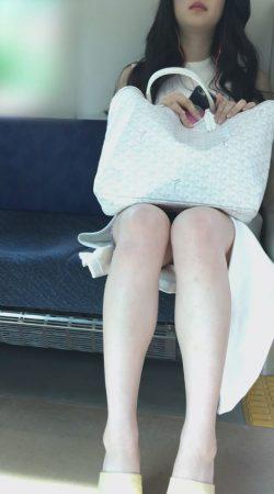 PcolleレビューGcolle感動の最終回【1117まで顔出し】モデル級美女の激ミニパンチラ1