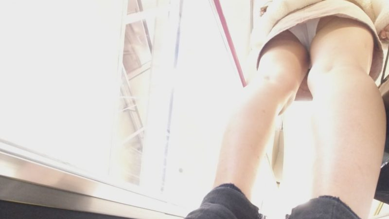PcolleレビューGcolleやもりお【店内尾行】推定身長170㎝モデル級美脚、超絶目が大きい美少女の食い込みPをストーキング撮しました9