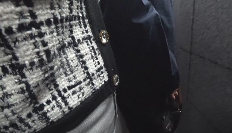 PcolleレビューGcolleパンチラヒップワン【OL痴 漢】タイスカ美人OLちゃんに押付け&お触り痴 漢!!深いバックスリットは痴 漢OKのサイン!?6