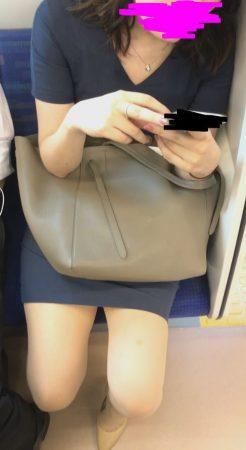 PcolleレビューGcolleパンチラマーベラス電車対面 タイスカヒールOLのセンターシームぶち抜き-9