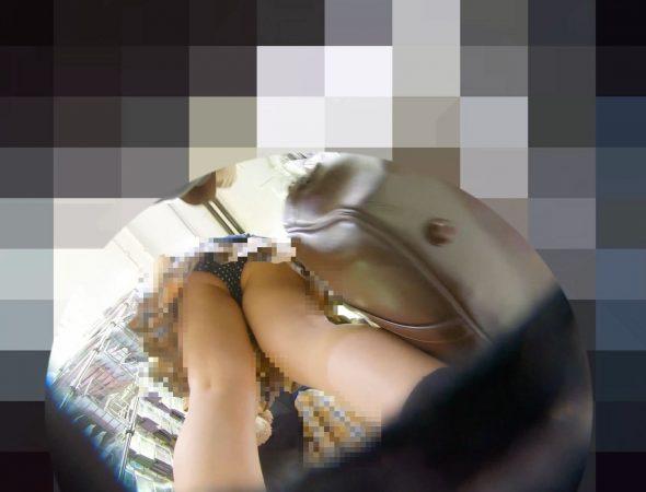 PcolleレビューGcolleパンチラわんぱく液【219販売停止】清楚可愛い色白細身JKのスカートを引っ張ってガッツリ逆さ撮りしたww【おまけ有4k】-12
