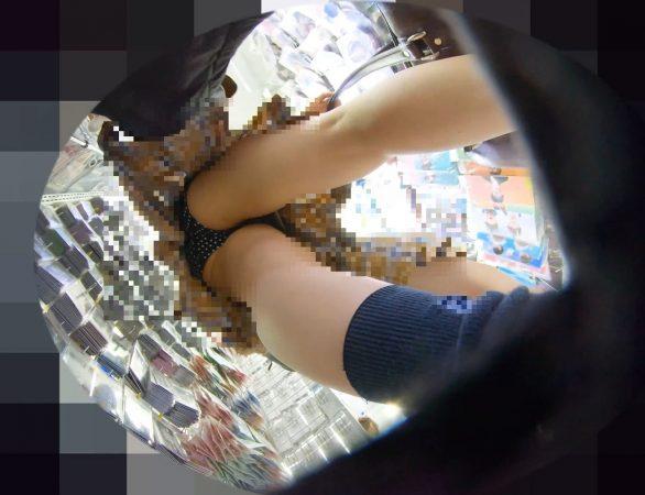 PcolleレビューGcolleパンチラわんぱく液【219販売停止】清楚可愛い色白細身JKのスカートを引っ張ってガッツリ逆さ撮りしたww【おまけ有4k】-14
