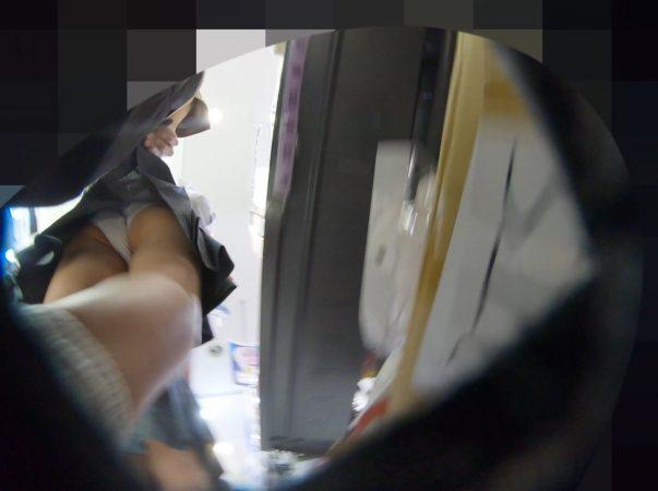 PcolleレビューGcolleパンチラわんぱく液【4k】都会のイマドキ可愛い色白細身JKのスカートを引っ張ってガッツリ逆さ撮りしたww-7