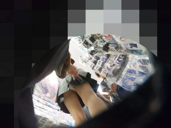 PcolleレビューGcolleパンチラわんぱく液【4k】都会のイマドキ可愛い色白細身JKのスカートを引っ張ってガッツリ逆さ撮りしたww-8