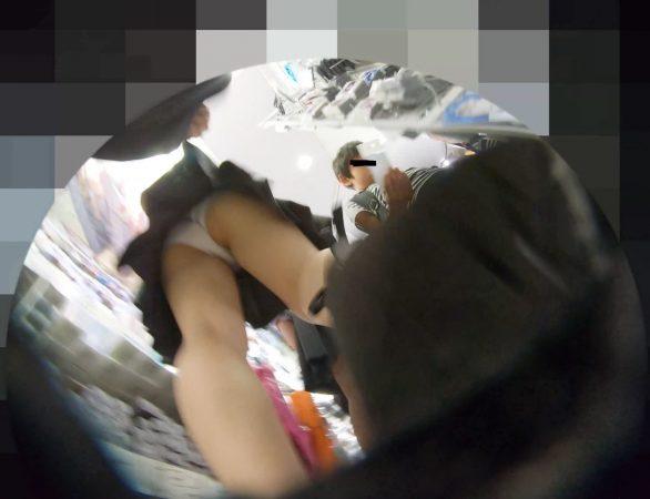 PcolleレビューGcolleパンチラわんぱく液【4k】都会のイマドキ可愛い色白細身JKのスカートを引っ張ってガッツリ逆さ撮りしたww-9