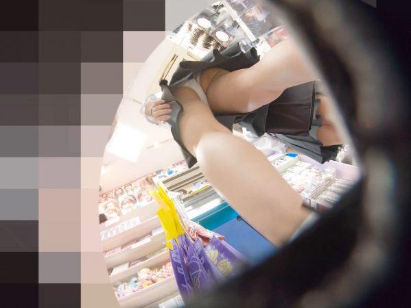 PcolleレビューGcolleパンチラわんぱく液【4k】都会のイマドキ可愛い色白細身JKのスカートを引っ張ってガッツリ逆さ撮りしたww-18