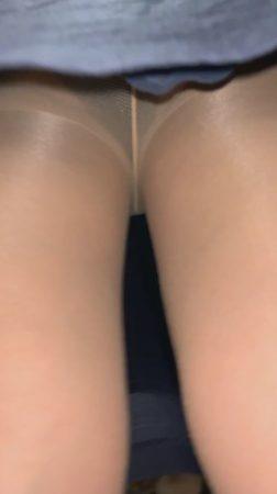 PcolleレビューGcolleパンチラダークweb【新人OL】某大手銀行勤務の超可愛いOLさんのタイトスカートのなかを盗撮!美脚-3