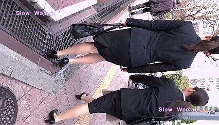 PcolleレビューGcolleパンチラSlow Woman【リメイク】リクルート40☆欲情のデカ尻ポニーテール!常に浮き出るPラインに大興奮^ ^-2