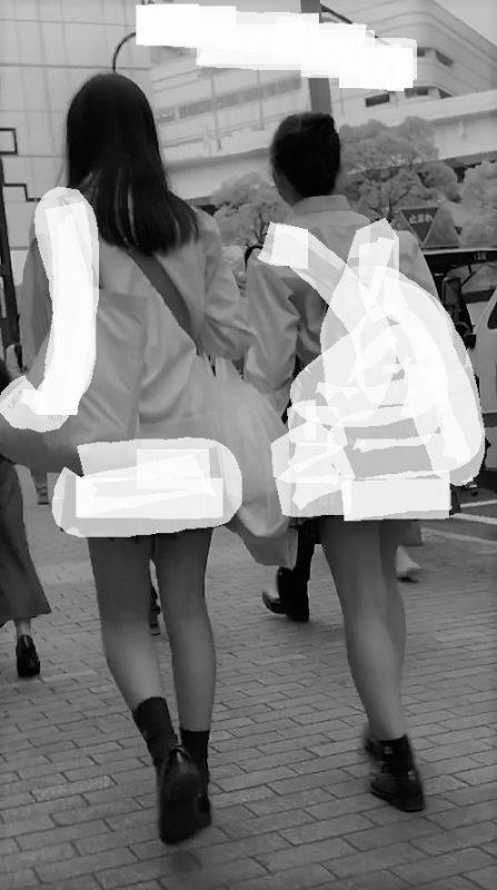 PcolleレビューGcolleパンチラstock3【女子高生】どエロい美脚JKのスカートなかを盗撮!4K-1