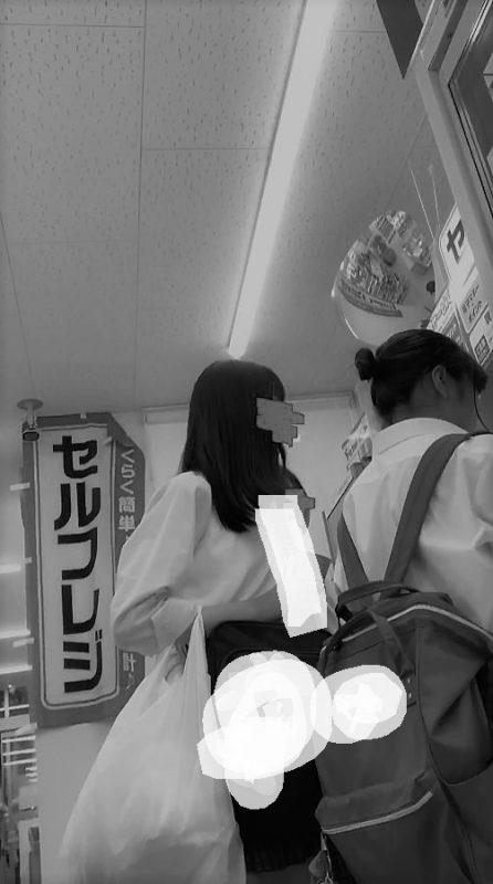 PcolleレビューGcolleパンチラstock3【女子高生】どエロい美脚JKのスカートなかを盗撮!4K-3