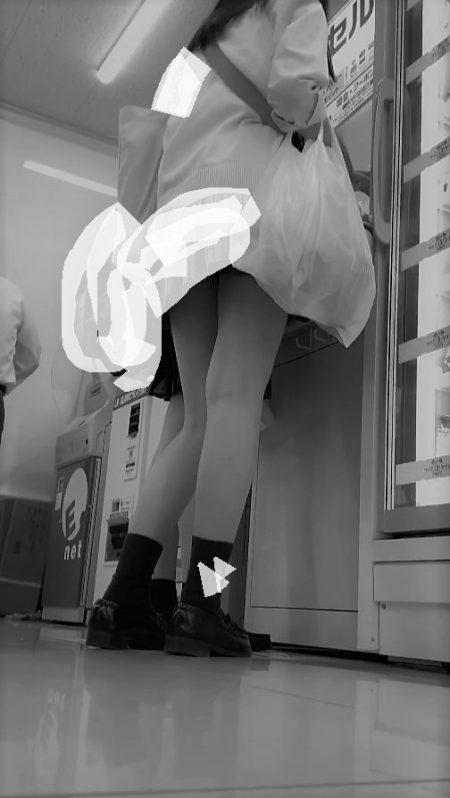 PcolleレビューGcolleパンチラstock3【女子高生】どエロい美脚JKのスカートなかを盗撮!4K-10