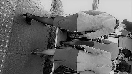 PcolleレビューGcolleパンチラSlow Woman【魅惑のCAさん50☆佇むCAさん集団を接写!艶めかしい黒スト粘着で大興奮^ ^-6