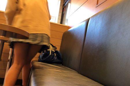 PcolleレビューGcolleパンチラItalianroast【制服JKカメラ目線】二度見・三度見のカメラ目線有り!バレモノ3部作-5