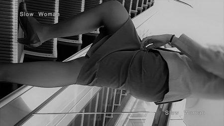 PcolleレビューGcolleパンチラSlow Woman【超絶品】魅惑のCAさんSP19☆エスカでの欲情ポーズに唖然!純白Pで大悶絶^ ^-5
