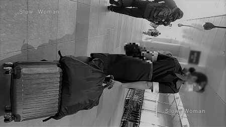 PcolleレビューGcolleパンチラSlow Woman【絶品】魅惑のCAさんSP22☆貴重ストック映像!半袖デカ尻パンチラに悶絶^ ^-2