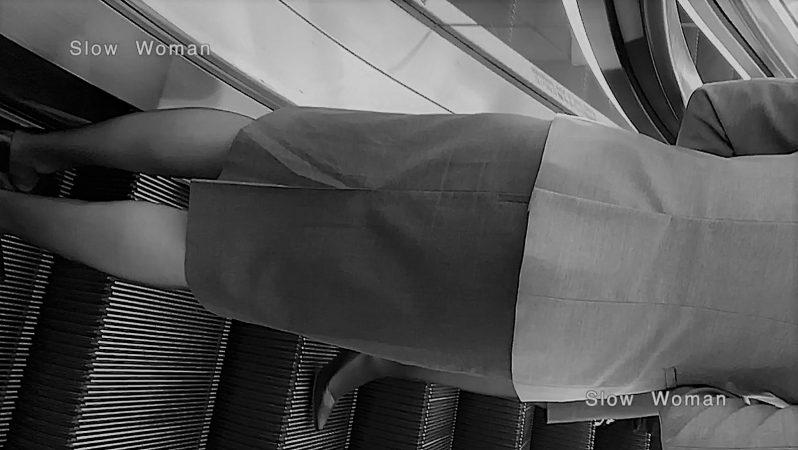PcolleレビューGcolleパンチラSlow Woman【貴重品】魅惑のCAさんSP24☆人気A□Aパンチラ!エスカのエロ尻にピンクPに大興奮^ ^-4